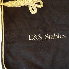 Wollen paardendeken borduren