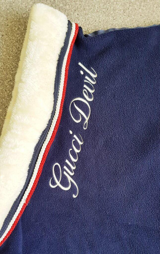 Borduuring hals deken