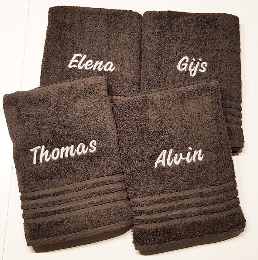 Handdoeken met naamborduring